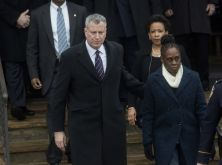 NYPD Wrongly Accuse Mayor's Wife of Wearing Jeans to Cop's Funeral Jezebe