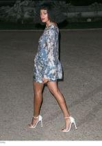 Solange wearing German Shoe Designer Stuart Weitzman nudist Sandal.2